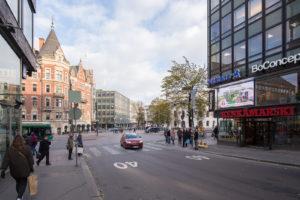 maison-luumi-street-advert-44
